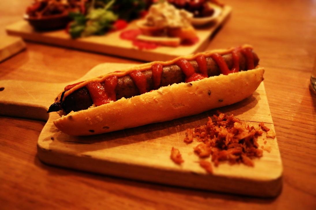 hot dog with ketchup