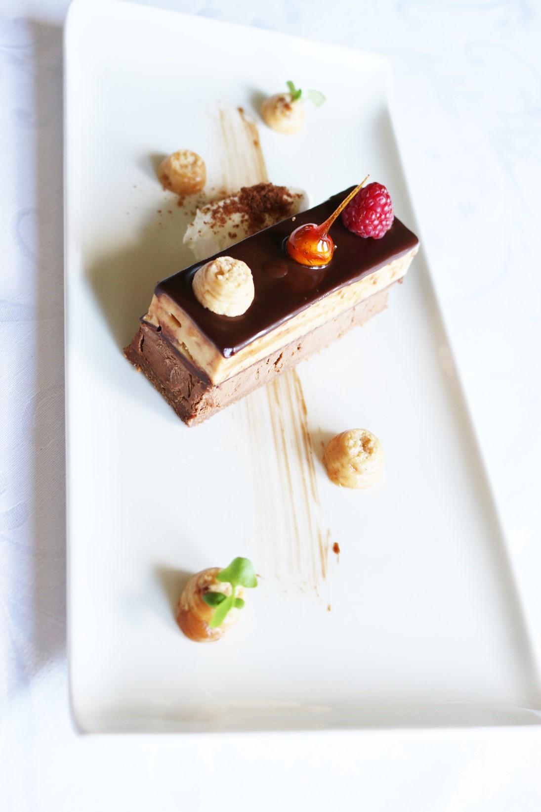 Halaszbastya Restaurant choocolate dessert with hazlenuts